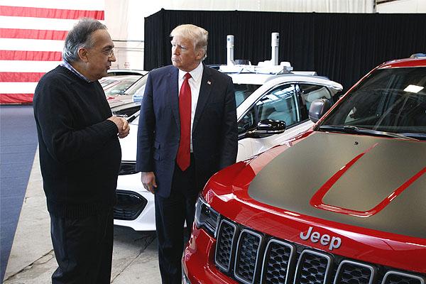 Итальянская Ромео - То ли АЛЬФА, то ли нет. Я понятья не имею, Для меня это секрет: Итальянская машина, Офис в Лондоне, и сам Появился, как старшина, Главный янки - Дональд Трамп.